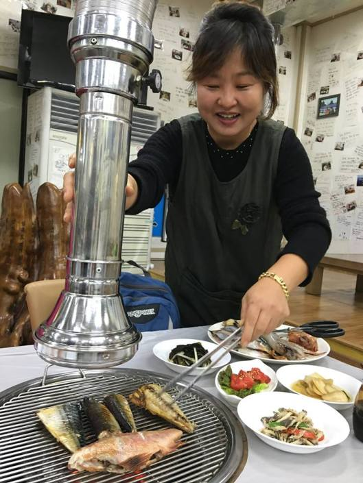 "PM's comments about his dinner: ""Sunday's dinner - very fresh seafood from the local catch, grilled at the table. The restaurant is called Dokdo, the Korean name for islands which are controlled by Korea but claimed by Japan (the Japanese call them Takeshima)."""